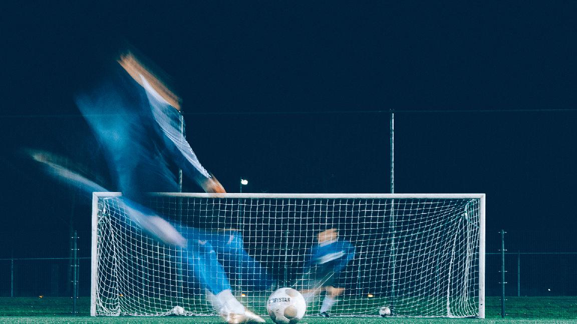 شباهت بازی فوتبال به کسب و کار